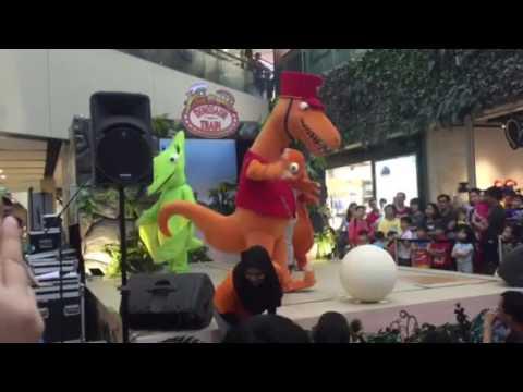 Dinosaur Train Show at Seletar Mall 2 - YouTube