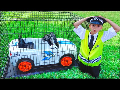 Vlad pretend play Police and lost his car