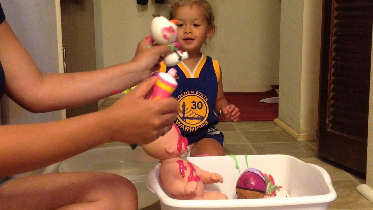 Bathtub finger paint soap, water baby, colors, Disney, frozen, toys ...