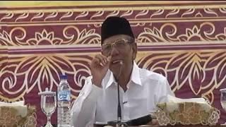 KH Hasyim Muzadi Dalam Seminar Nasional Sistem Pendidikan Mu'allimin