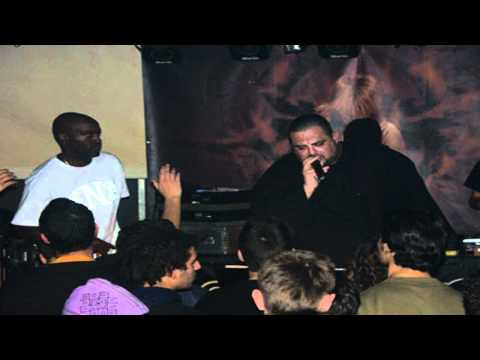 bd foxmoor & rodney p - put your self in my place