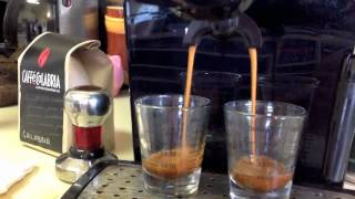 Espresso: Old Coffee beans VS. Fresh Coffee beans