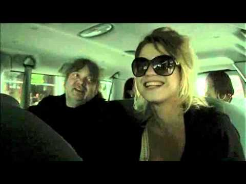 Selah Sue - Oct 25th 2012 - Interview - Hears her music for the first time in the USA