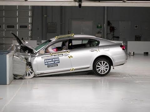 2006 Lexus GS moderate overlap test