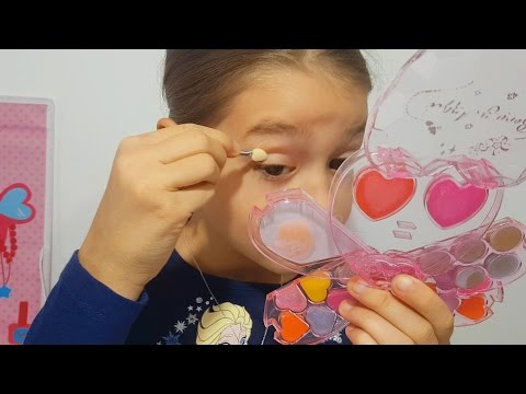 Makeup for kids tutorial. Kit for girls. Video 2017 from KIDS TOYS CHANNEL