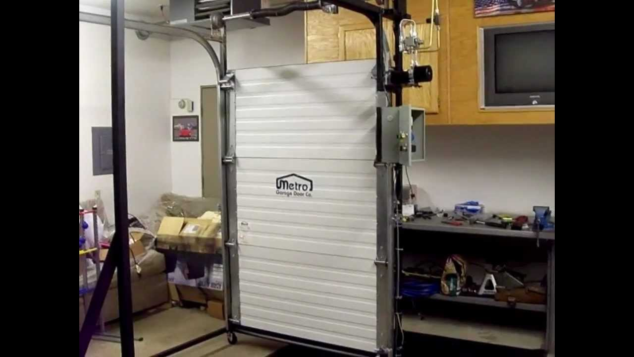 & Best Hydraulic Garage Door - YouTube