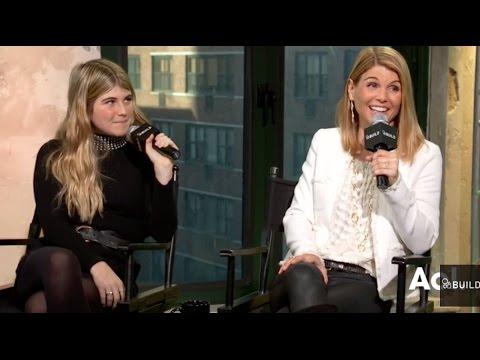 Homegrown Christmas Cast.Lori Loughlin And Bella Giannulli Discuss Their Hallmark Christmas Movie Build Series