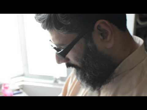 Sajjad Khalid, The Nastaliq Calligrapher 001