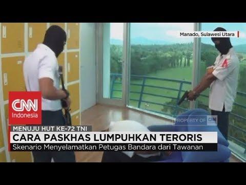 Paskhas Manado Lumpuhkan Teroris di Bandara Sam Ratulangi - Simulasi Anti Teror