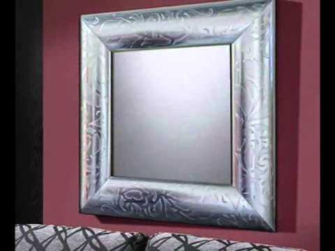 Espejos de madera novedades en espejos de pared for Disenos de marcos de madera para espejos
