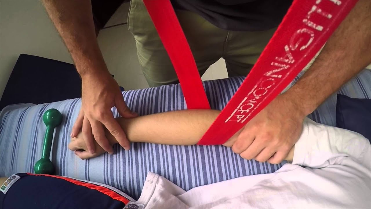 terapia manual mulligan mwm tennis elbow youtube rh youtube com mulligan manual therapy ppt mulligan manual therapy nags snags mwms