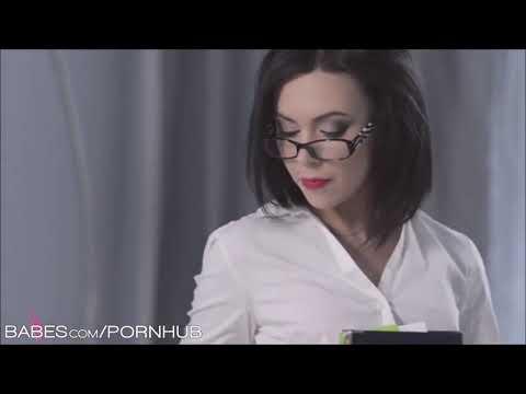 Best Russian twerkKaynak: YouTube · Süre: 26 saniye