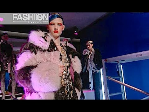 CHRISTIAN LACROIX Fall 2003 2004 Paris -  Fashion Channel