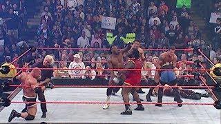 """جولدبيرج """"اخطر لحظة له"""" اظهر فيها خطورتة امام الجميع Goldberg Vs Kane l Lumberjack Match"""
