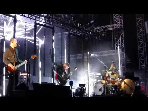 Sigur Rós - Ný Batterí (live @ Release Athens Festival 2016)