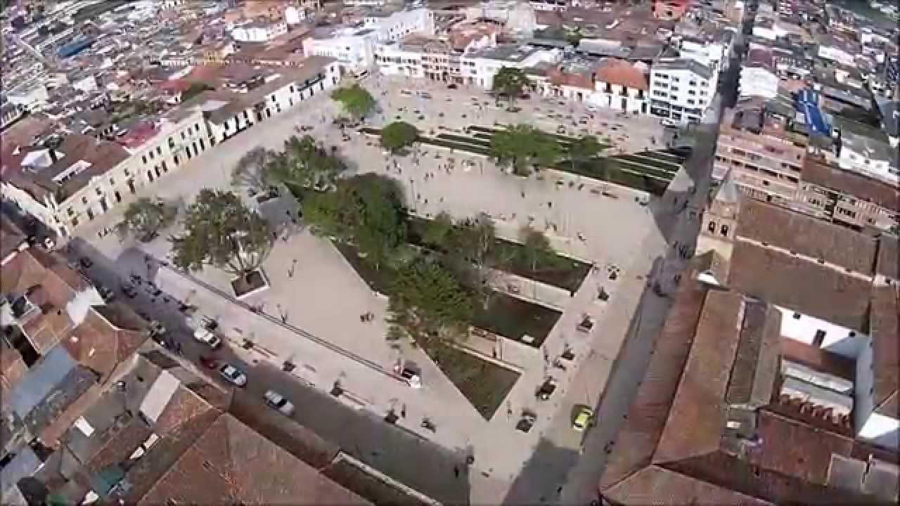 Plaza principal pamplona youtube - Pamplona centro historico ...