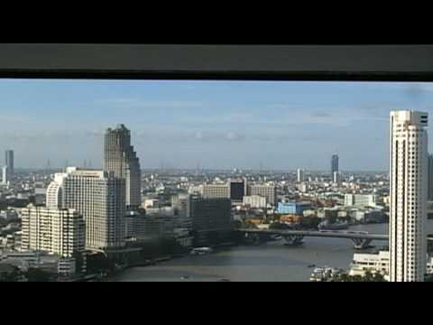 panorama-view-executive-room-hilton-millenium-bangkok-italians79-in-bangkok