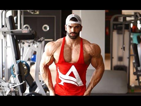 Sergi Constance - How get a shredded shoulders workout