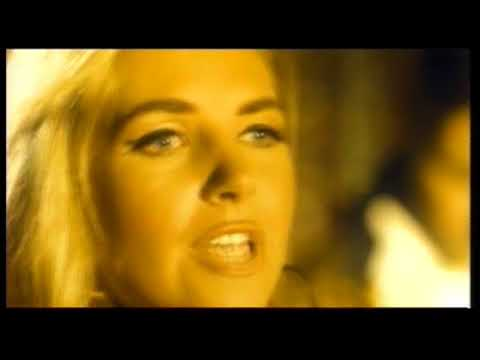 Saint Etienne - Only Love Can Break Your Heart