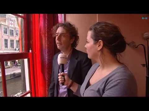 NH Leeft krijgt rondleiding door het Prostitutiemuseum op de Amsterdamse Wallen