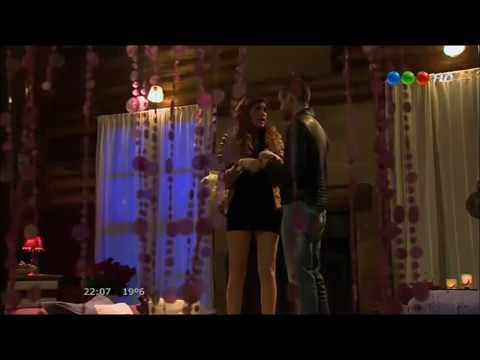 Paloma y Lucas hacen el Amor por primera vez - Los Vecinos en guerra