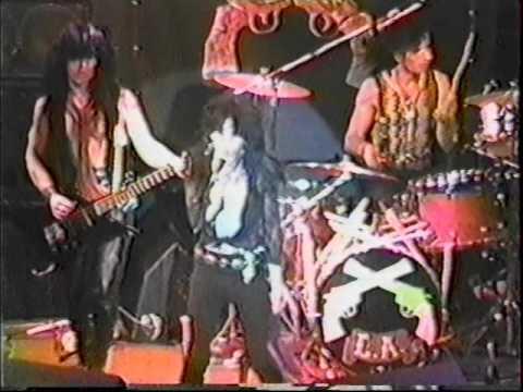 LA GUNS Live in Hollywood 11-3-86 pt. 2...