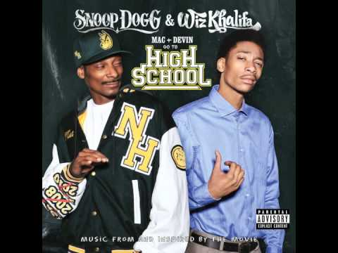 Smokin On (feat. Juicy J) - Snoop Dogg & Wiz Khalifa - Mac and Devin Go to High School