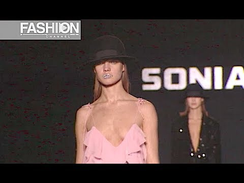 SONIA RYKIEL Fall 2003 2004 Paris - Fashion Channel
