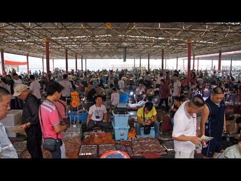 Panjiayuan antique Market - Beijing China
