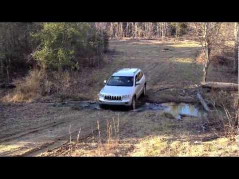 2011 Jeep Grand Cherokee (WK2) Off-Roading