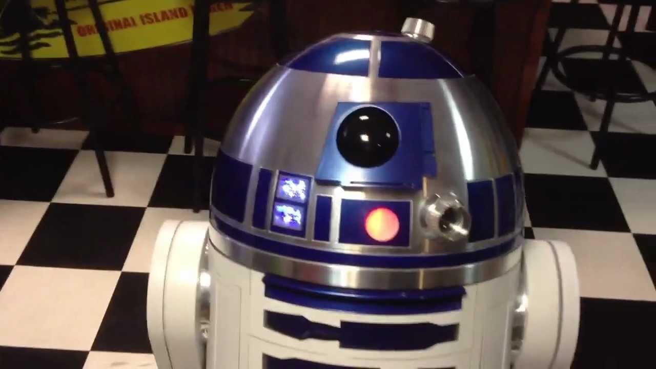 R2D2 1:1 scale replica built - YouTube