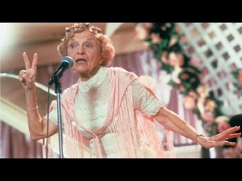 Ellen Albertini Dow The Wedding Singer Rapping Grandmother Dies At 101