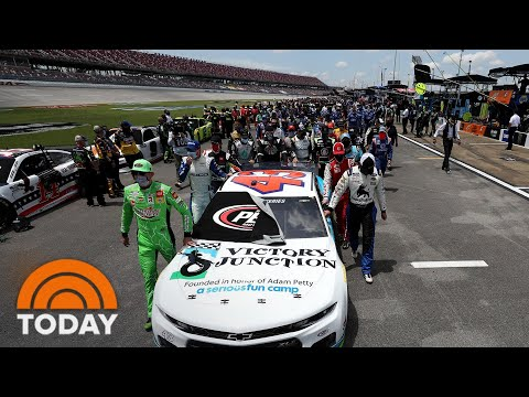 nascar-drivers-show-support-for-bubba-wallace-as-noose-incident-is-investigated-|-today