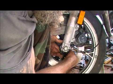 Installing / replacing your Suzuki Speedometer cable