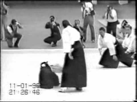 Steven Seagal Aikido demo tokyo 1996