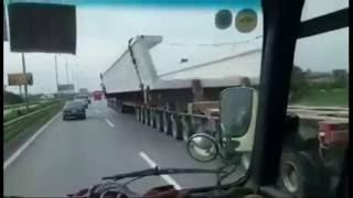 Siêu xe dài 174 bánh trên phố ở Hà Nội
