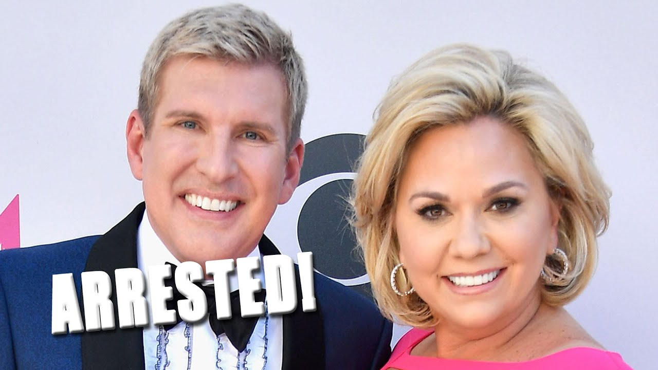 Chrisley Knows Best 2020.Arrest Warrants Issued For Chrisley Knows Best Stars