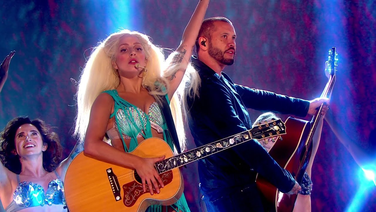 Lady Gaga - Venus Live at The Graham Norton Show (October 29, 2013) HD