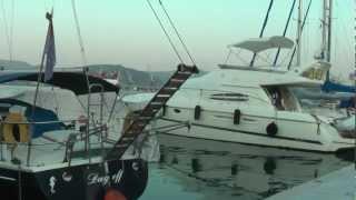 ГРЕЦИЯ: Набережная в Волосе... иду в порт... Греция... Greece Volos(Ответы на вопросы http://anzortv.com/forum Смотрите всё путешествие на моем блоге http://anzor.tv/ Мои видео путешествия по..., 2012-08-21T21:32:29.000Z)