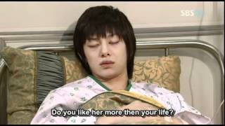 Video Heechul fainted.mp4 download MP3, 3GP, MP4, WEBM, AVI, FLV Maret 2018