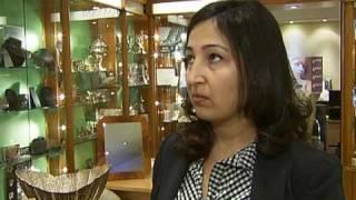 Smash-and-grab robbers take £1m of jewels