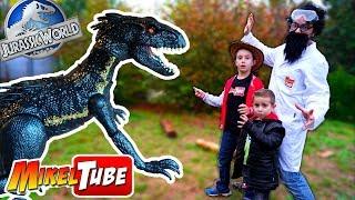 El Indoraptor luces y sonidos de Jurassic World anda suelto!