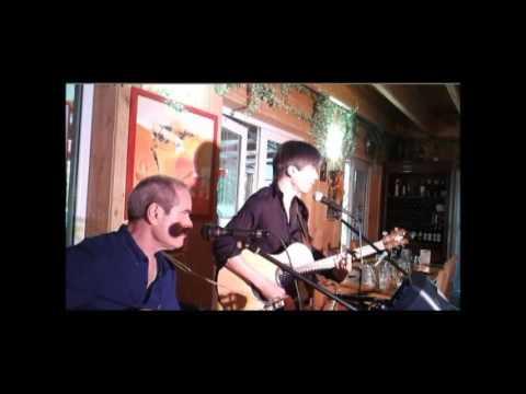 Gourdon Musique Duo Gogao Soirée La Terrasse De Moncalou