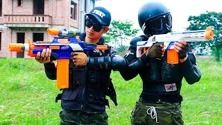Download Video Nerf War Movies S.W.A.T Girl hostage rescue Nerf Guns Hero man sniper Infantry Superhero guns MP3 3GP MP4
