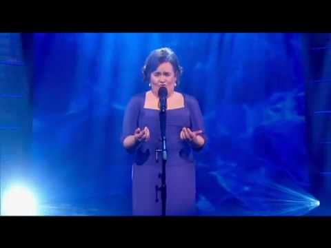 Susan Boyle sings Cry me a river