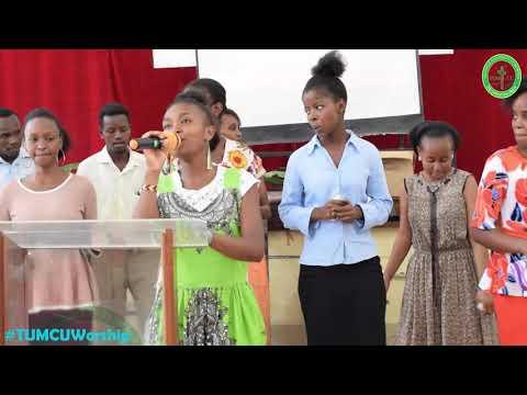 umejua-kunifurahisha---joel-lwaga-ft-chris-shalom-live-performance-by-tumcu-worship-team