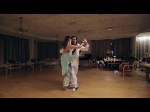 Gallo Ciego - Color Tango de Roberto Alvarez, Adrian Carmona & Ksenija Krivoruchko