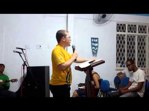 Trecho da pregação: Deus quer nos limpar do orgulho.