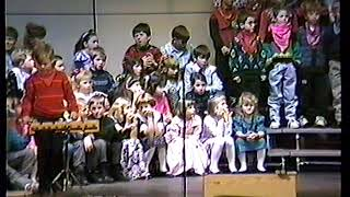 1991-11-18 Holley's 3rd grade Olmsted music concert (clip 2 of 3)
