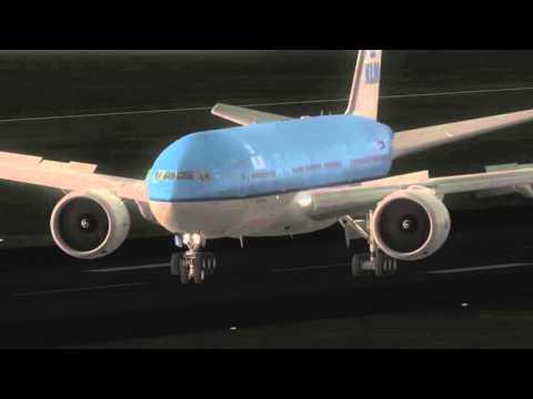 {FSX} PMDG 777-200LR  Landing at Panama KLM